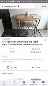 Small table and 2xchairs