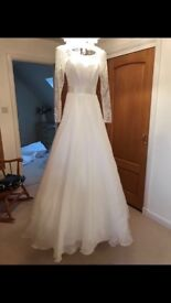 Suzanne Neville Bespoke Wedding Dress