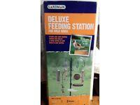 Gardman Deluxe Feeding Station