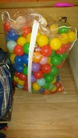 200 ball pit balls in bag