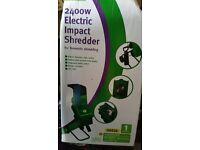 Near New 2400W Electric Impact Shredder
