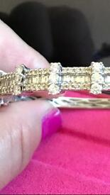 Diamonds and white gold 18kt bangle