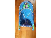 Fisher Price Baby chair/ Rocker with vibration mode