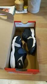 Nike Rift Boys Size 8.5