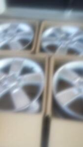 BRAND NEW TAKE OFF  FACTORY OEM KIA SOUL 18 INCH ALLOY RIM SET OF FOUR.