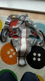 Baby carrier in excellent condition mesh breathable