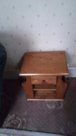 MAGAZINE RACK/SIDE TABLE SOLID PINE