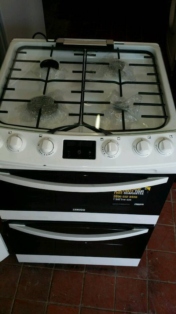 Zannusssi brand new cooker white clean 60 cm double gas