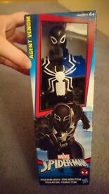 Agent venom hasbro titan heroes series