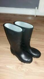New Wellingtons
