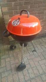 Kettle charcoal Barbeque BBQ grill Large with cover