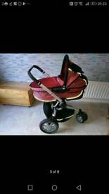 Red dreami carrycot suitable for quinny pram