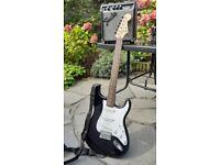 Squier Bullet Stratocaster Fender Guitar 3/4 PLUS Fender Frontman 10g Amp