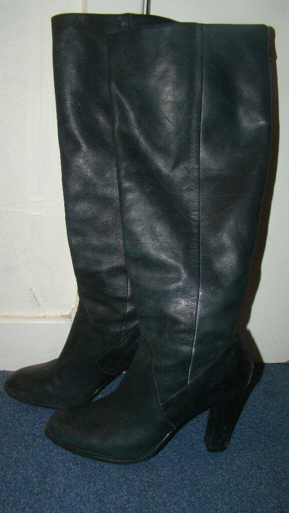 5026b5aa37f Dark grey leather high heel tall boots - size 5
