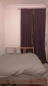 Double bedroom to rent over December and January