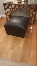Oversized foot stool £10