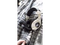 Call of duty ghosts, turtle beach headset.