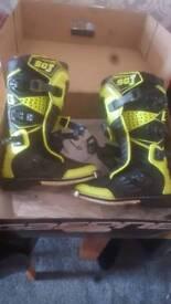 Gaerne sgj boys motocross boots
