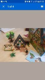 Playmobil 4207 Forest Lodge, with box and instructions, excellent condition.