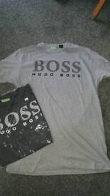 Men's Hugo boss t shirts size large