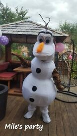 Mascot / Costume Hire Milton Keynes, children's entertainer