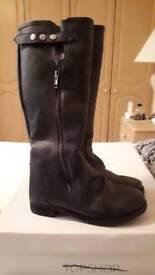Topshop Dexter brand new knee high boots size 3