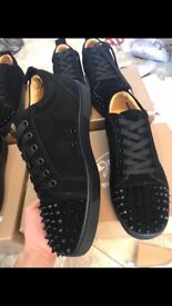 STUNNING CHRISTIAN LOUBOUTIN LOW SPIKED TRAINERS RED BOTTOMS SIZE 8 and 9s
