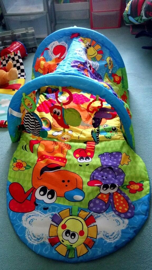 baby crawling tunnel and play mat