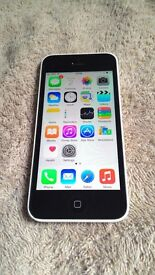 Apple iPhone 5C, 16GB, locked to Vodafone (lebara)