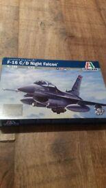 1:72 scale f16 falcon italeri kit like airfix brand new