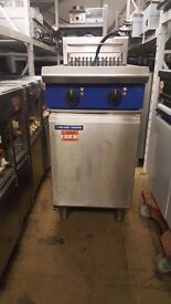 BLUE SEAL E44 ELECTRIC FRYER TWIN TANK 3 PHASE DOUBLE BASKET SPECIAL OFFER