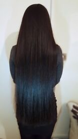 Hairstylist on weaves, wigs, braids for Afro, European & Asian Hair textures