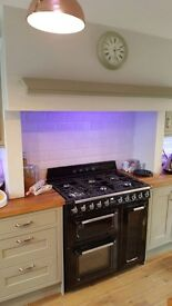 KITCHEN INSTALLER / FITTER & 2nd fix JOINER. Is available to work for you Nation wide.