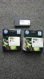Hp 951 xl genuine ink cartridges/ MAGENTA / 2x BLACK