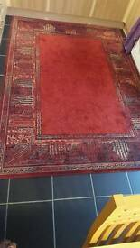Large rug for sale. Excellent condition.