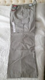 MEN'S CARGO TROUSERS 40W NEW WITH TAGS