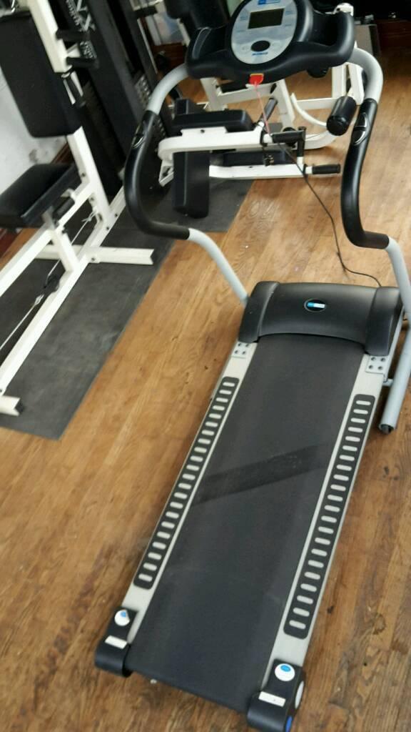 """""""SOLD Pending collection"""" Pro fitness motorised treadmill"""