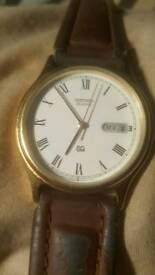SEIKO QUARTZ WRISTWATCH DAY DATE 1990S 5Y23-7030 WORKING