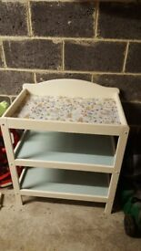 Peter rabbit changing table