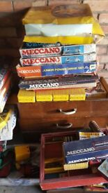 Meccano 1000's of pieces including magazines