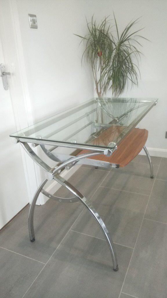 Good Quality Glass & Chrome Desk