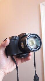 Nikon b700 superzoom with bag