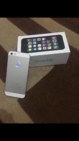 Hi, I'm selling I phone 5s 16gb Unlocked