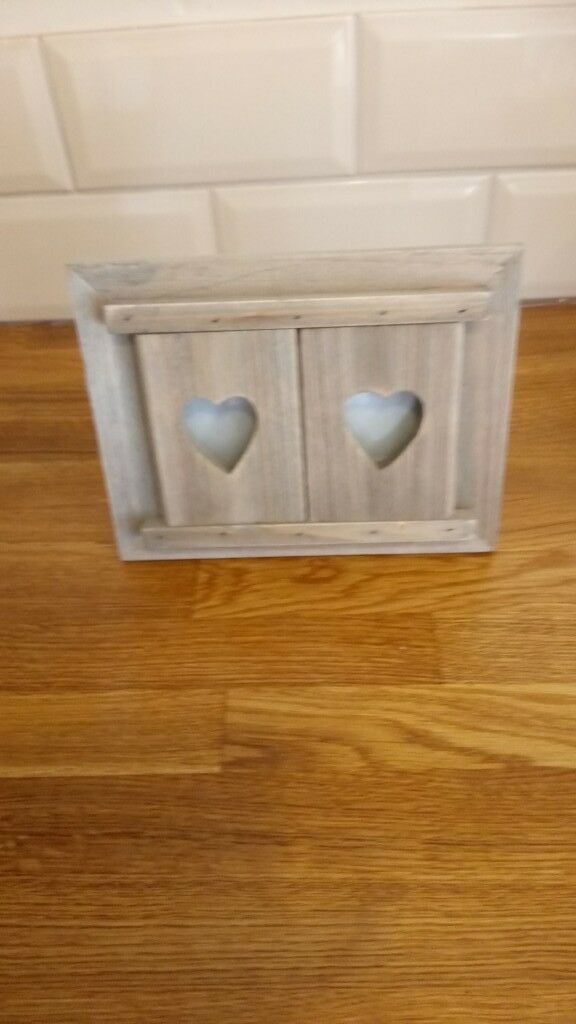 Wooden Heart Picture Frame In Grimsby Lincolnshire Gumtree
