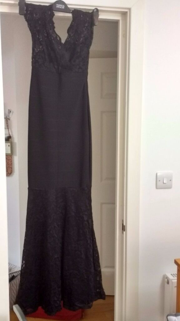 Black bodycon dress size 8Lipsy designerin Beckenham, LondonGumtree - Lipsy designer size 8 dress Stetchy bodycon fits to body very elegant only worn twice no refunds collection only from Beckenham