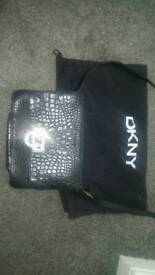 DKNY Black Leather shoulder bag (original)