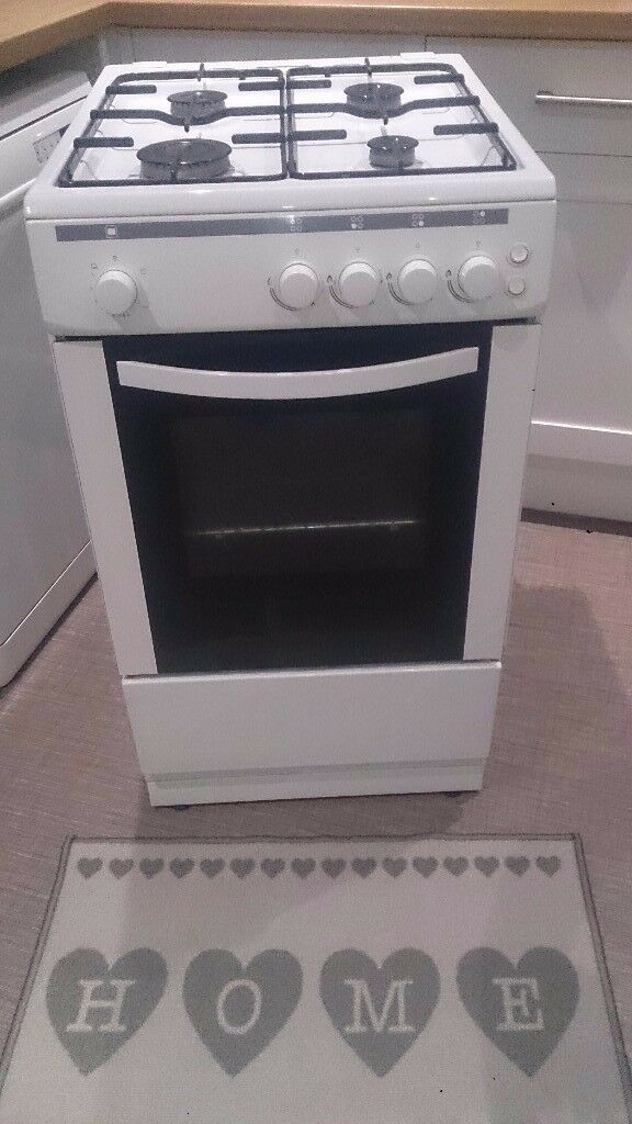 Currys essential cooker