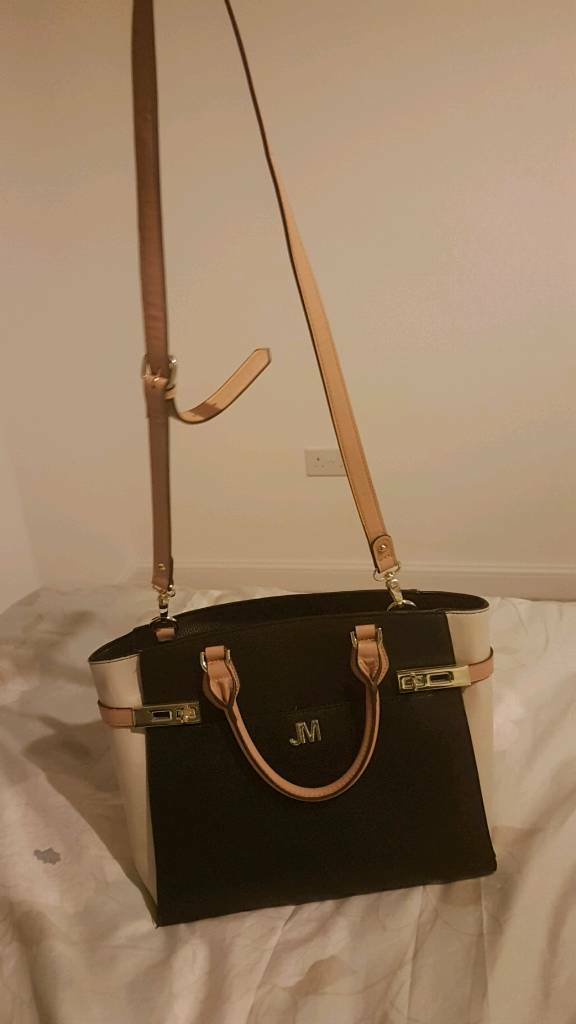 Like New Lovely Black And Beige Jm Handbag Rrp 80