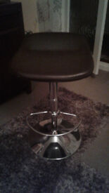 Stool - Chrome effect with brown faux leather seat.