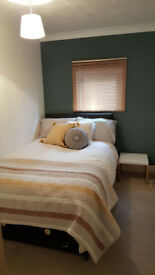 Fabulous House Share - Near Bus Route 10 & 20. No agents fees.